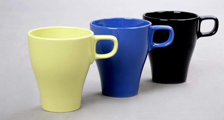 Trois tasses